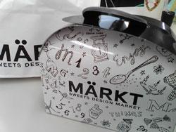 dmark01.jpg